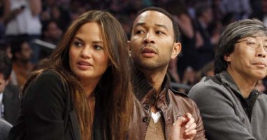Celebs Show Support for Chrissy Teigen Following Pregnancy Loss