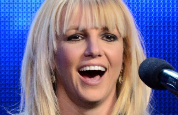Britney Spears denies America its right to gawk at Britney Spears