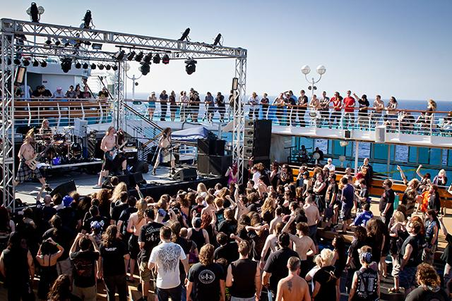 70 000 tons of metal, the world's biggest heavy metal cruise