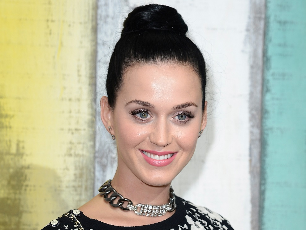 Katy Perry publicly shames Australian paparazzi, calls one out for his 'tiny penis'