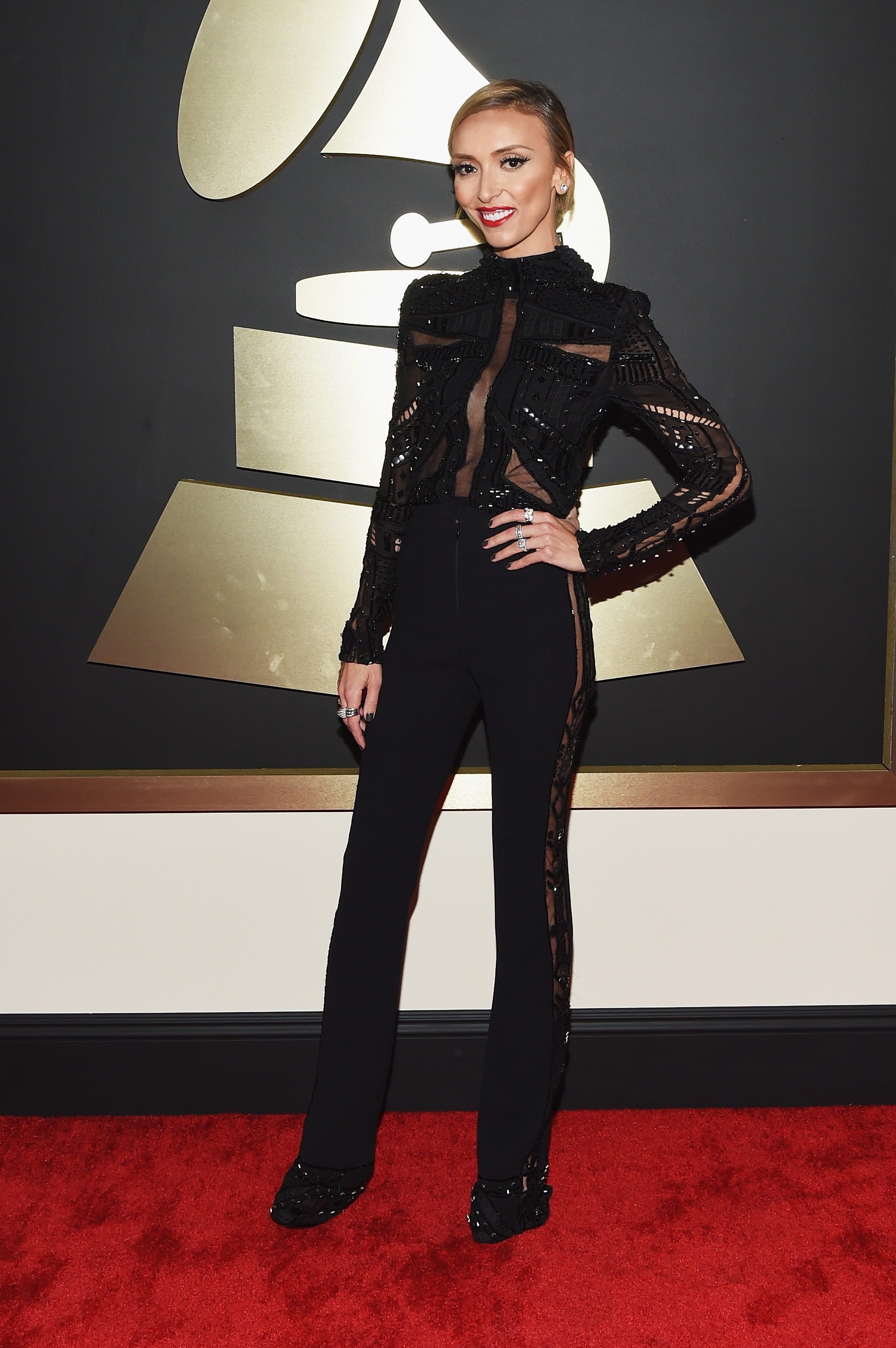 Grammy Awards' hottest red carpet looks, starring Taylor Swift, Katy Perry and Chris Brown [GALLERY]