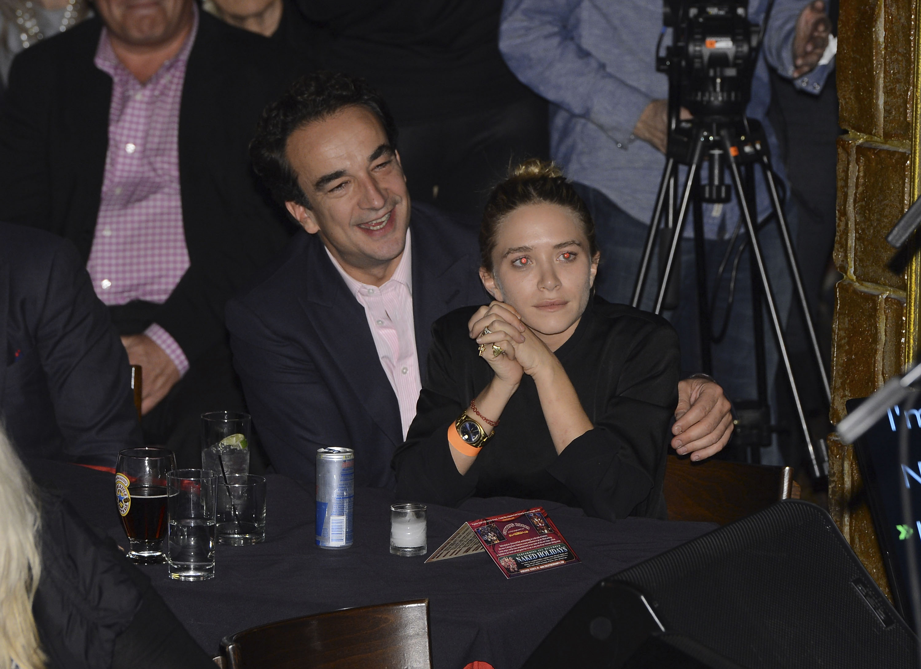 Mary-Kate Olsen marries former French president's half brother, hands out cigarettes at wedding