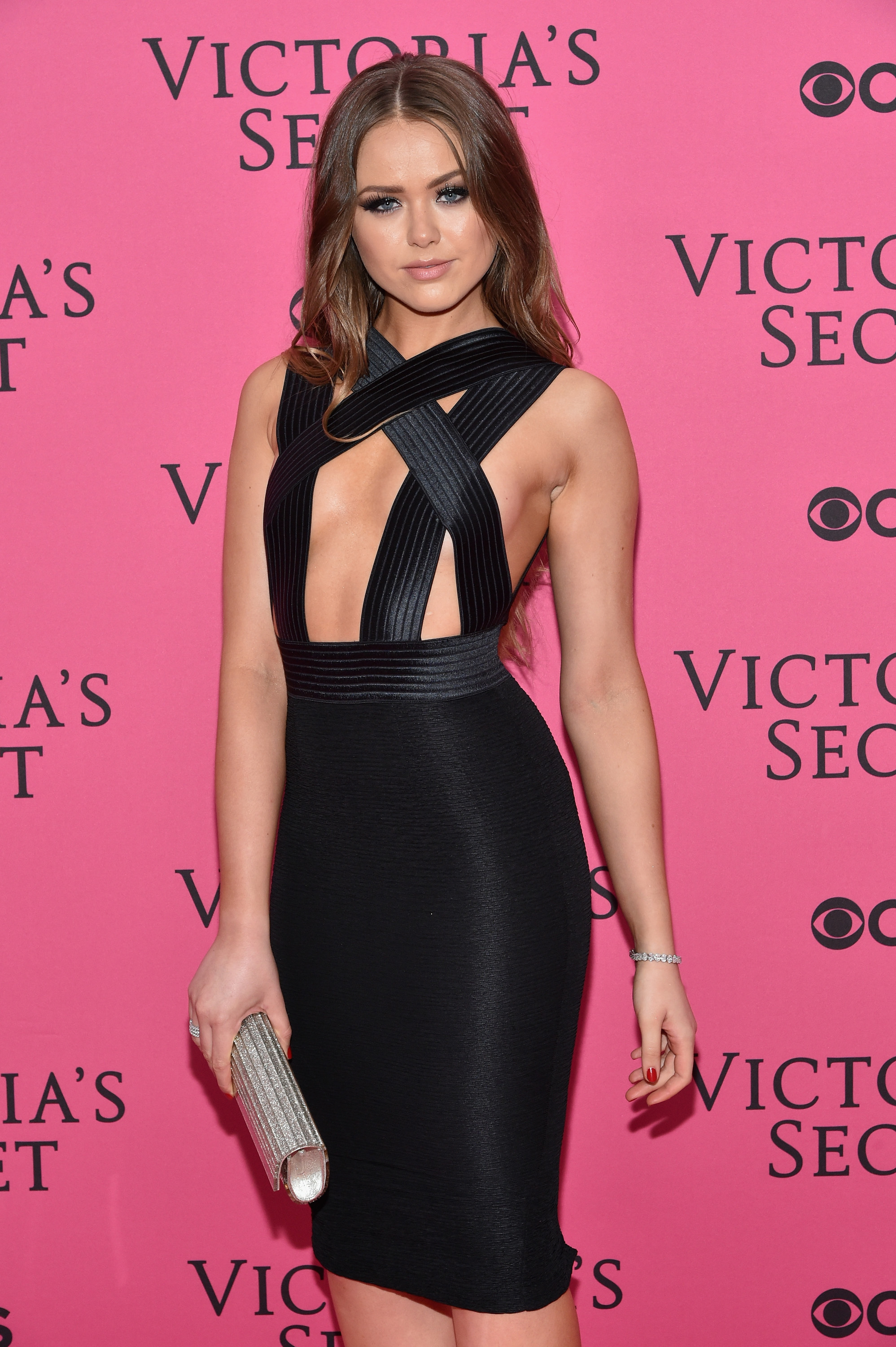 Victoria's Secret Fashion Show's 10 sexiest, wildest looks from the pink carpet [GALLERY]