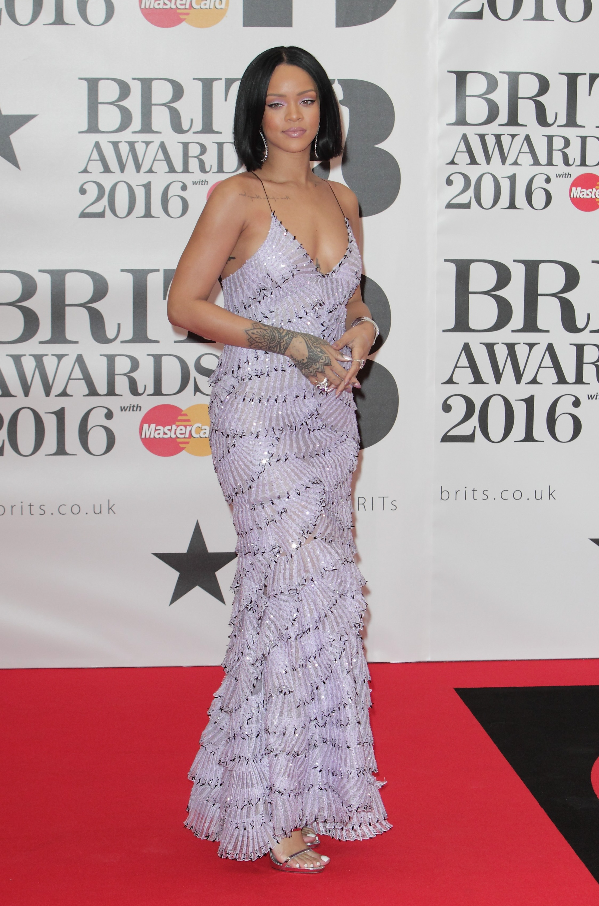The BRIT Awards red carpet was a hot mess and even Adele couldn't save it [GALLERY]