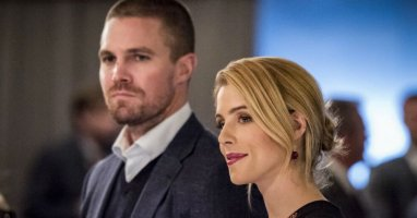 Olicity Lives! Emily Bett Rickards to Return for Arrow's Finale