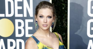 Taylor Swift Announces Surprise Album, Folklore